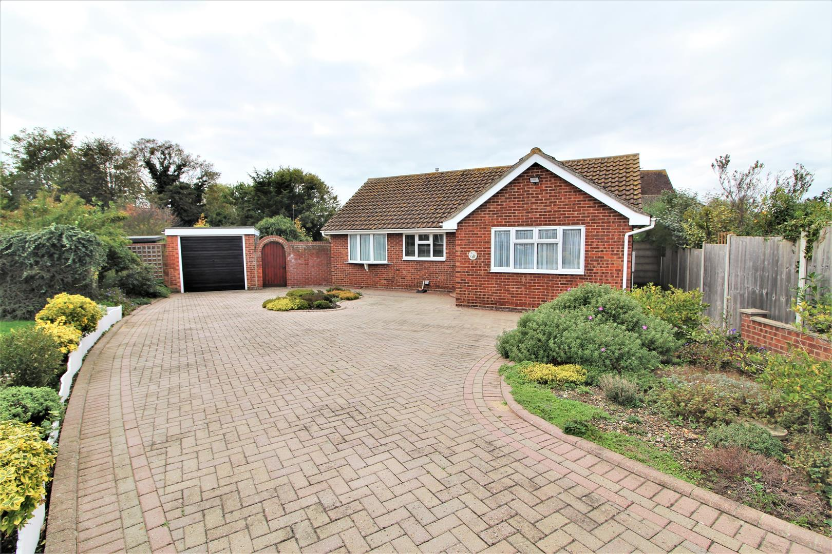 Cartbridge Close, Walton On The Naze, Essex, CO14 8QJ